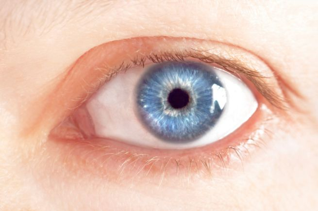 operazione occhi